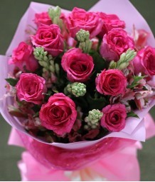 1 Dozen Pink Roses (Round Bouquet)