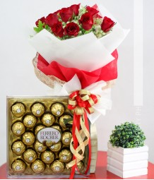 1 Dozen Red Roses with Ferrero