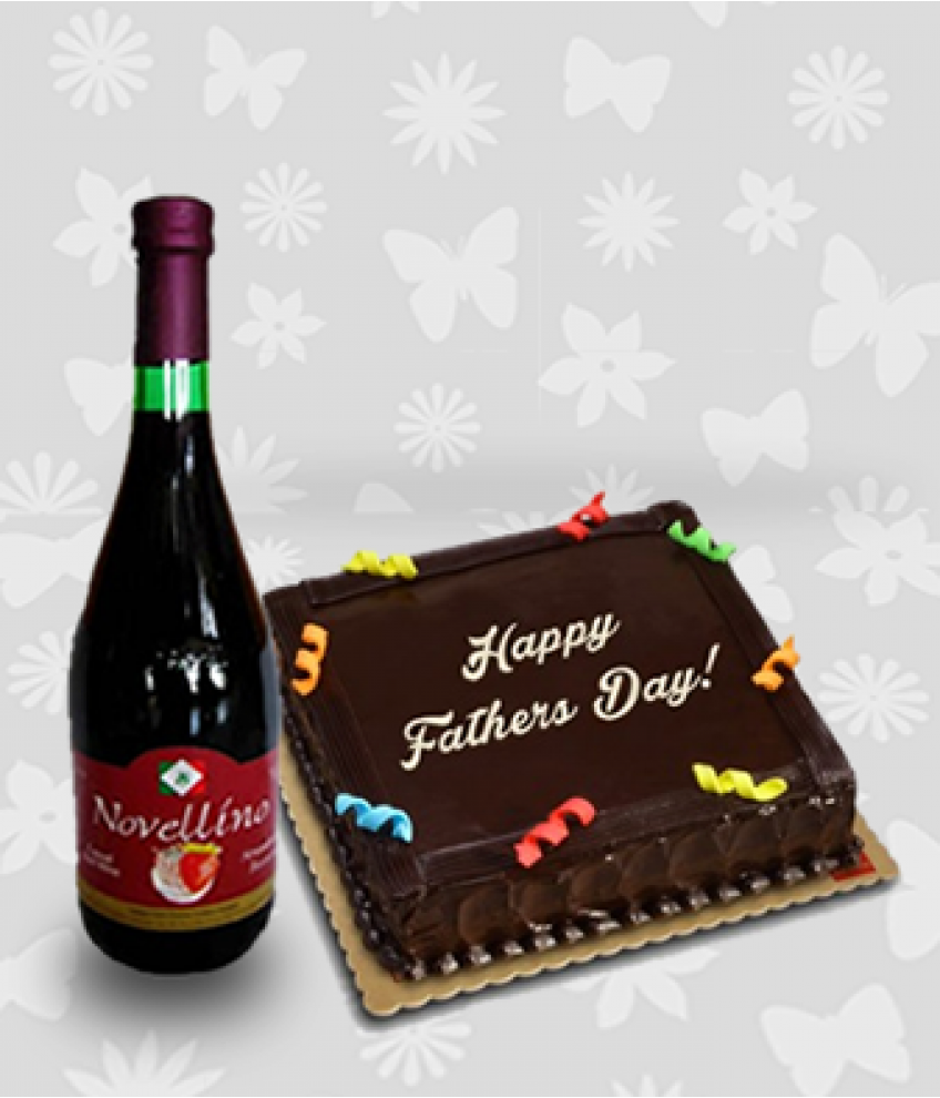 Chocolate Cake And Novellino Passion Strawberry Wine