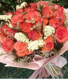 2 Dozen Peach Roses
